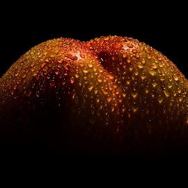 Nectarine by Janez Šturm - Food & Drink Fruits & Vegetables ( orange, fresh, drops, nectarine, wet )