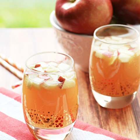 Non Alcoholic Apple Pie Punch