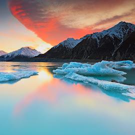 TASMAN LAKE SUNRISE by John Benedict - Landscapes Mountains & Hills ( mountain, newzealand, haidafilter, sunrise, landscape )
