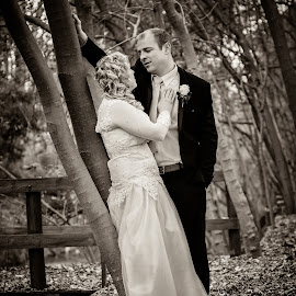 Back in time  by Dylan Van den Berg - Wedding Bride & Groom ( wedding photography, black & white, wildlife, wedding photos, wedding photografie, photografie, ceremony, landscape, people, wedding party, dylan van den berg, pre-ceremony, winter, flowers & plants, family, wedding, lwg photo, event photografie, summer, wedding photographer, groom, wedding photography packages )