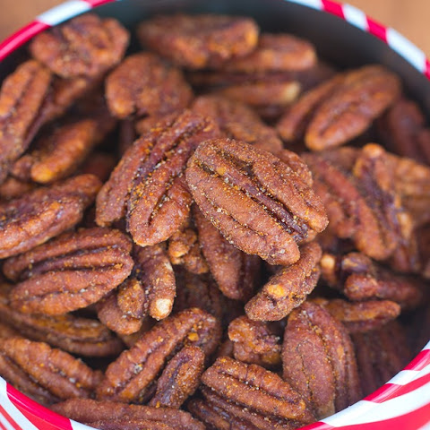 Easy Crock-Pot Cinnamon Pecans