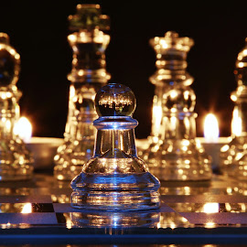 Chess move by Peter Salmon - Artistic Objects Glass ( pieces, chess, glass, board, pawn )