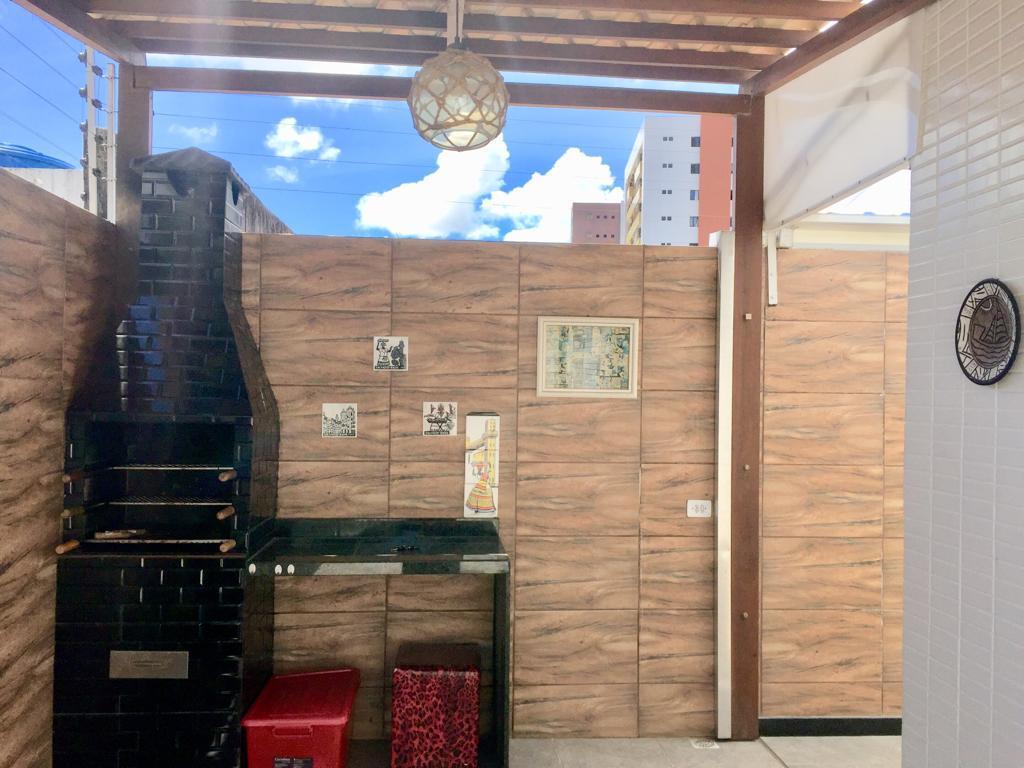 Apartamento com 3 dormitórios para alugar, 135 m² por R$ 1.505/mês - Miramar - João Pessoa/PB