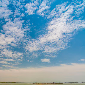 Pulicat Lake by Muthu Kumar - Landscapes Waterscapes ( ride, water, pulicat, muthukumar, india, boat, chennai, tamilnadu, yesmkphotography )