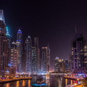Dubai Marina by Walid Ahmad - City,  Street & Park  Night ( cities, dubai, uae, night, marina, light )