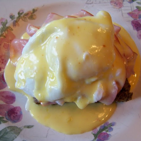 Eggs Benedict – Hollandaise Sauce