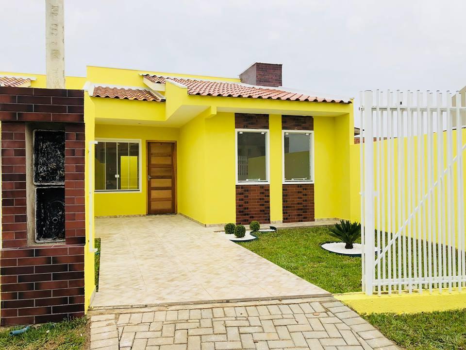 lindas casas com amplo terreno!