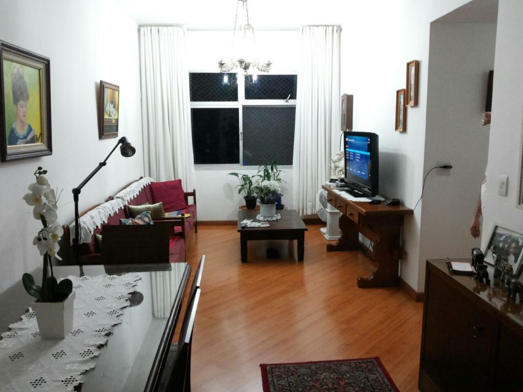 Apartamento com 3 dormitórios à venda, 94 m² por R$ 880.000