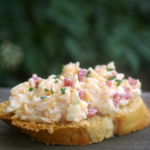 Smokey Pimento Cheese Bruschetta