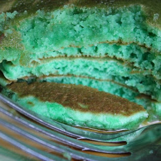 Green Pistachio Pudding Pancakes