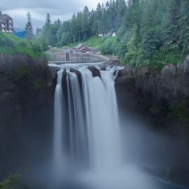 Snoqualmie Falls by Mike Lennett - Landscapes Waterscapes ( water, washington state, snoqualmie, falls, mike lennett, mist )