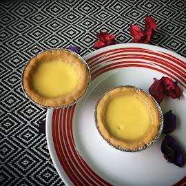 Two egg tart  by Rayna Brilliantsyah - Food & Drink Candy & Dessert ( #food#eggtart#teatime#baking#sweetdessert#crust#crispy )