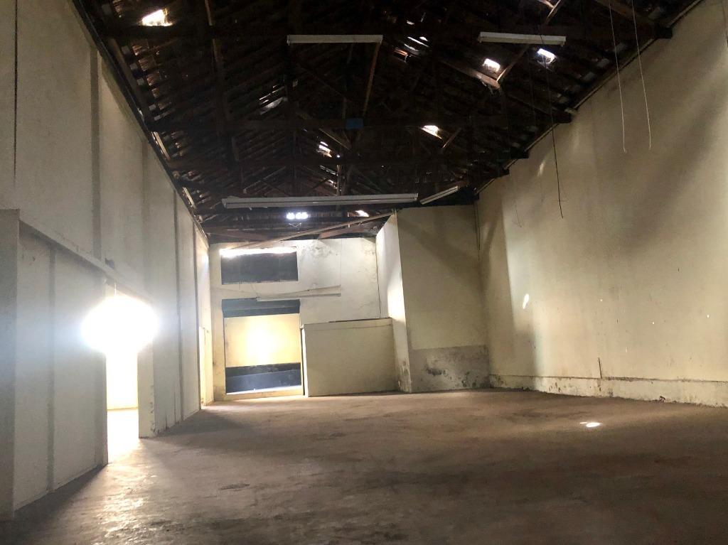 Barracão para alugar, 393 m² por R$ 2.000/mês - Centro - Londrina/PR