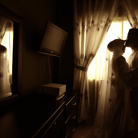 A shadow of love by Dean Hakeem - Wedding Bride & Groom