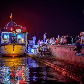 by Veli Toluay - City,  Street & Park  Night