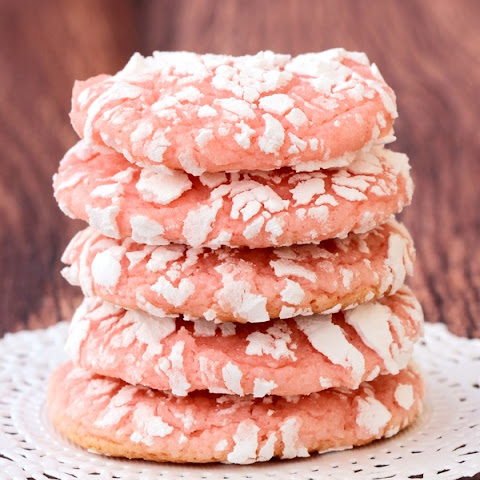 Strawberry Cake Mix Cookie Recipe!