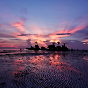Sunset in Boracay by Eric Ebling - Landscapes Sunsets & Sunrises ( sky, blue, sunset, pink, beach, philippines )