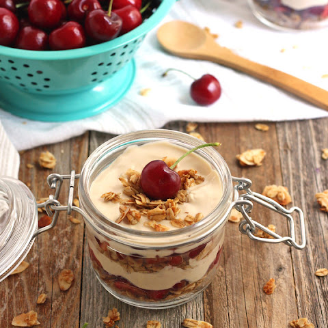 Coffee Greek Yogurt Parfaits