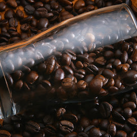 Coffe beans by Tommy Zen - Food & Drink Alcohol & Drinks ( coffee beans, coffee )