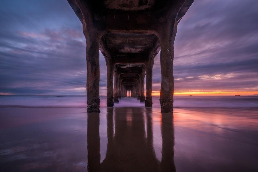 Manhatten Beach Pier by Tzvika Stein - Buildings & Architecture Bridges & Suspended Structures ( santa monica, leslie )