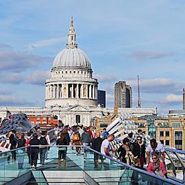 London Paysage by Joatan Berbel - City,  Street & Park  City Parks ( london, cityscape, vista, colorful, street photography )