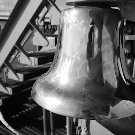 The Bell by Ian Daniells - Novices Only Objects & Still Life ( memorial, uss bowfin, pearl harbour, usa, hawaii )