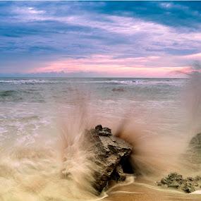 menanti senja ditebing kalap by Ary Baban - Landscapes Sunsets & Sunrises