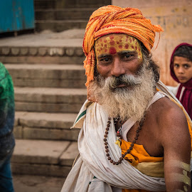 Sadhu by Rajiv Sinha - People Portraits of Men ( india, varanasi, sadhu, travel photography, portrait, street photography )