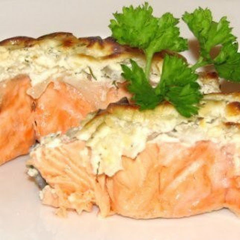 low-calorie. Baked fish in a fur coat from omelet