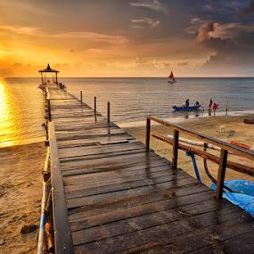 Pasir Putih Sunset by Hendri Suhandi - Landscapes Beaches ( sunset, east java, pier, java, beach, travel )