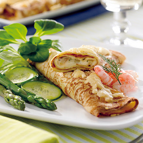 Crêpes with Lobster, Crab and Shrimp