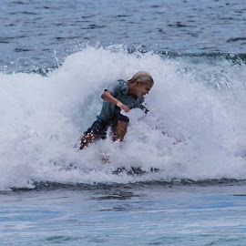 Surfing in Lahaina Maui. by David Ramsay - Sports & Fitness Surfing