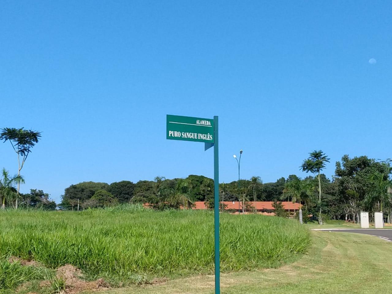 Terreno à venda, 800 m² por R$ 450.000 - Condomínio Haras Patente - Jaguariúna/SP