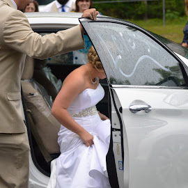 Leaving by Alan Dougherty - Wedding Other ( honeymoon, wedding day, tired, bride and groom, nikon )