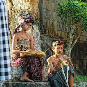 Younger brother and my sister by Pande Putu Krisna Wedana - Babies & Children Children Candids ( children candids )