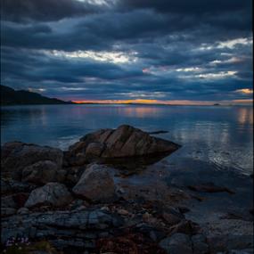 sunset by Yvonne Reinholdtsen - Landscapes Beaches ( midnight, sea, summer, vesterålen, norway )