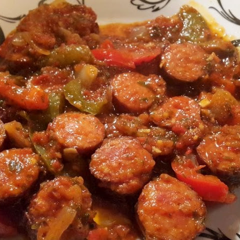 Sausages With Peppers In Tomato Sauce (spetsofai)