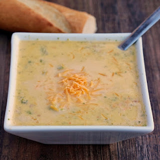 Crock Pot Broccoli Bacon Cheddar Soup