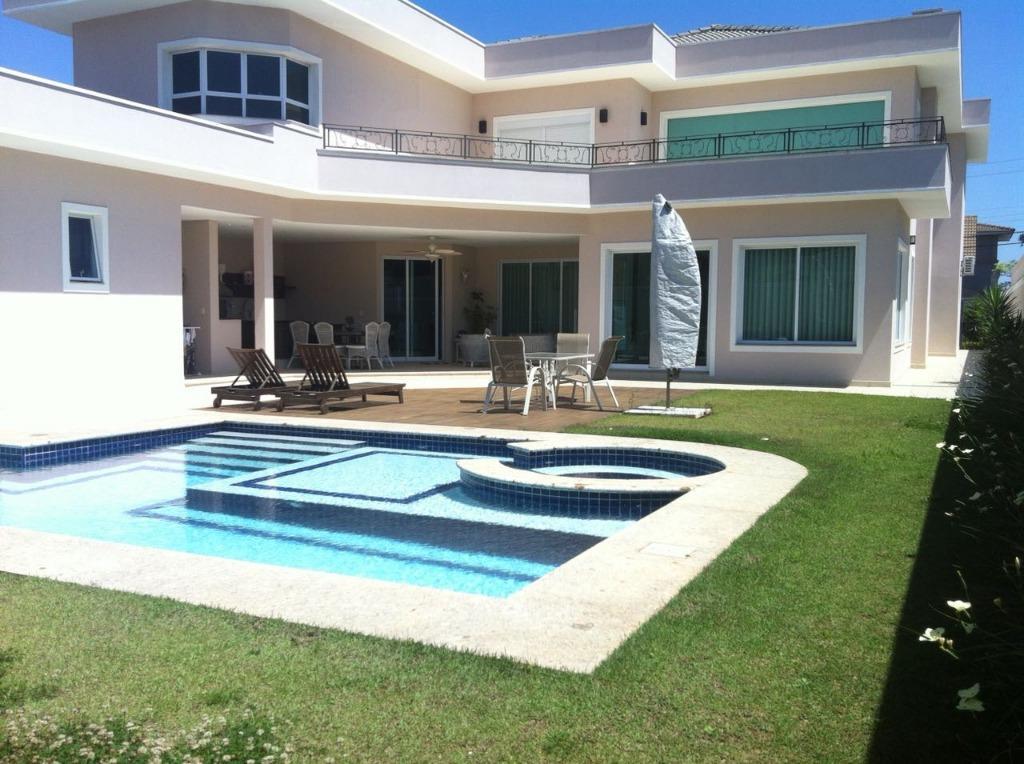 ALPHAVILLE 10 - Casa Maravilhosa Terreno 836m² Árae Construída 532m² 04 Suítes 11 Vagas na Alameda Jurema para Venda.