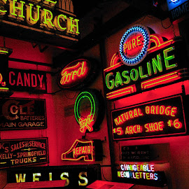 Neon Signs by Pat Lasley - Artistic Objects Signs ( signs, color, neon signs, neon, museum,  )