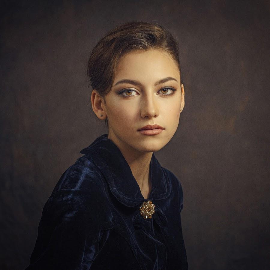 *** by Dmitry Baev - People Portraits of Women ( studio, girl, portrait beautiful woman, portrait, eyes )