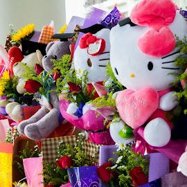 Bear Bouquet by Loh Jiann - Artistic Objects Toys ( bouquet, bears, celebration, flower, graduation )