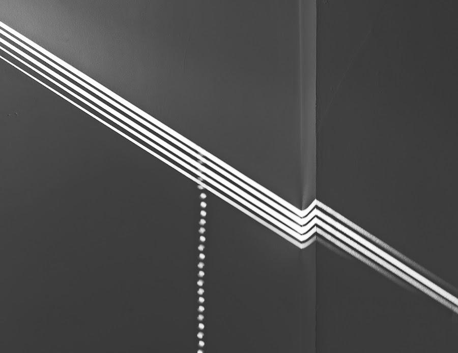 by Estislav Ploshtakov - Abstract Light Painting