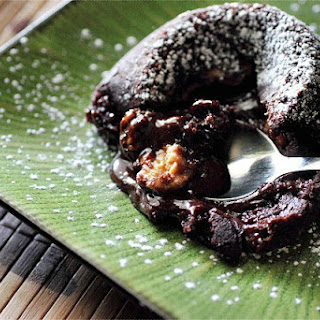 : Molten Chocolate Cake with Peanut Butter Filling