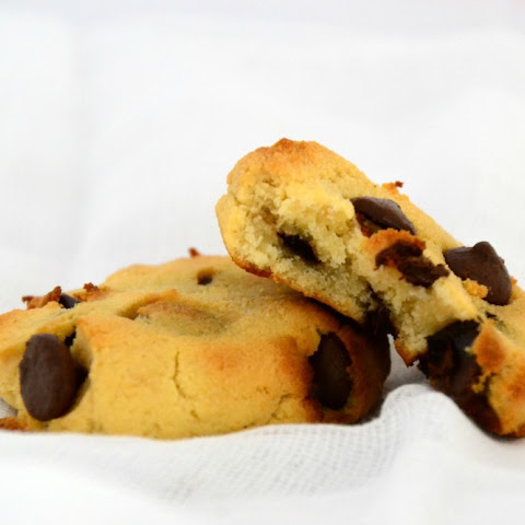 Coconut Flour Choc Chip Cookie (Gluten Free)