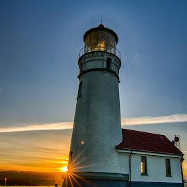 Lighthouse by Charles McWhirter - Buildings & Architecture Other Exteriors ( oregon, lighthouse, oregon coast, sunrise, landscape )