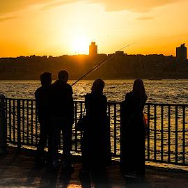 Istanbul by Haddouchi Tarik - People Street & Candids ( sunset, turkey, istanbul, people, photography )