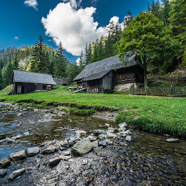 Kvacianska Valley // Slovakia by Laky Kucej - Landscapes Travel (  )