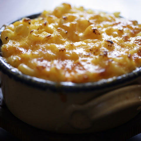Crusty Macaroni and Cheese