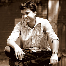 laughing boy by Vidyyut Sharma - People Portraits of Men ( potrait, laughing, sitting, laugh, indian boy, laughter, boy, man )